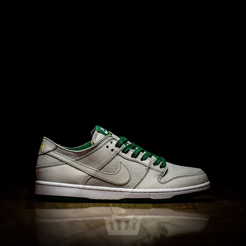 huge selection of 2cd2c 77cb4 Nike SB Dunk Low Pro Decon QS Ishod Wair Mismatch
