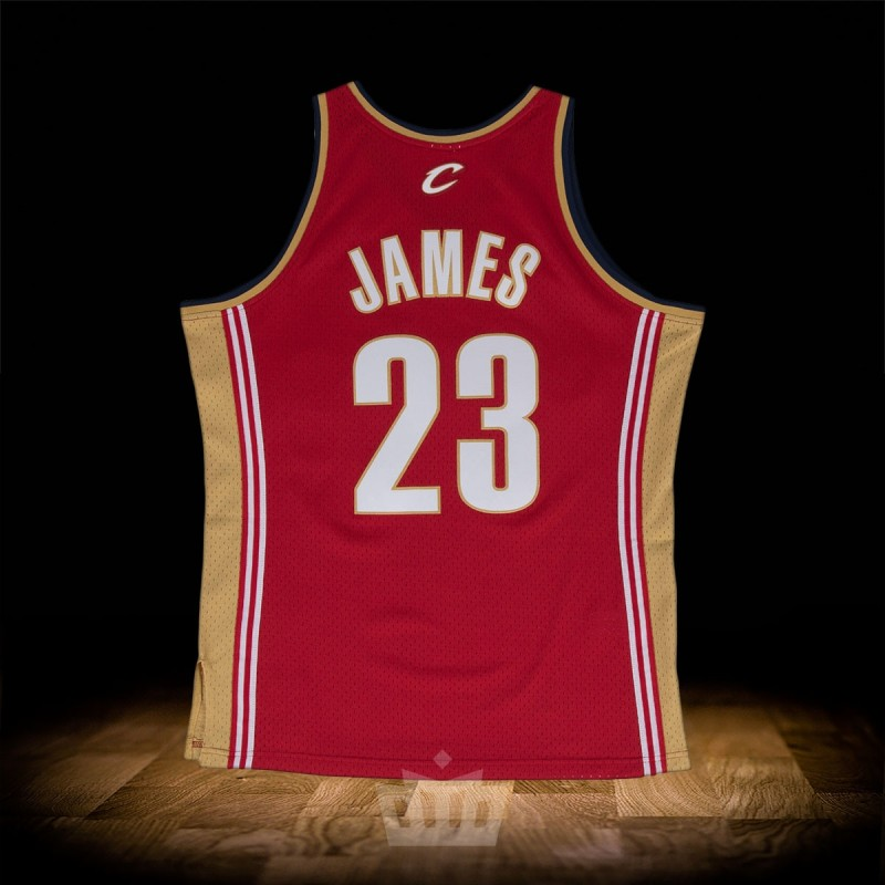san francisco 2b0ee 12514 Mitchell & Ness NBA Lebron James 2003-04 Swingman Jersey Cleveland Cavaliers